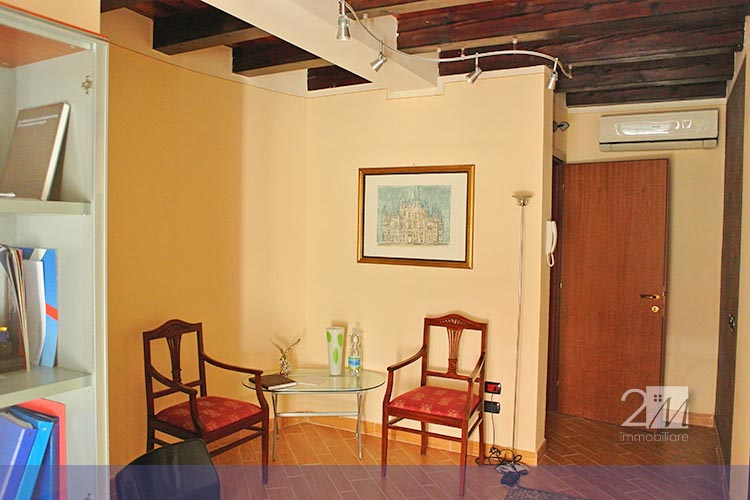 Agenzia immobiliare villafranca di verona 2m immobiliare for Ufficio arredato