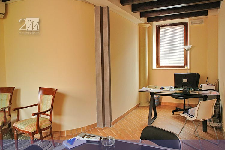 ufficio arredato in affitto a villafranca