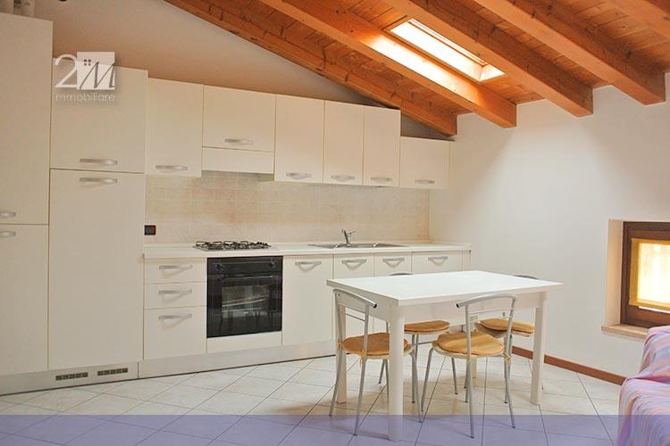 Agenzia immobiliare villafranca di verona 2m immobiliare for Monolocale arredato affitto