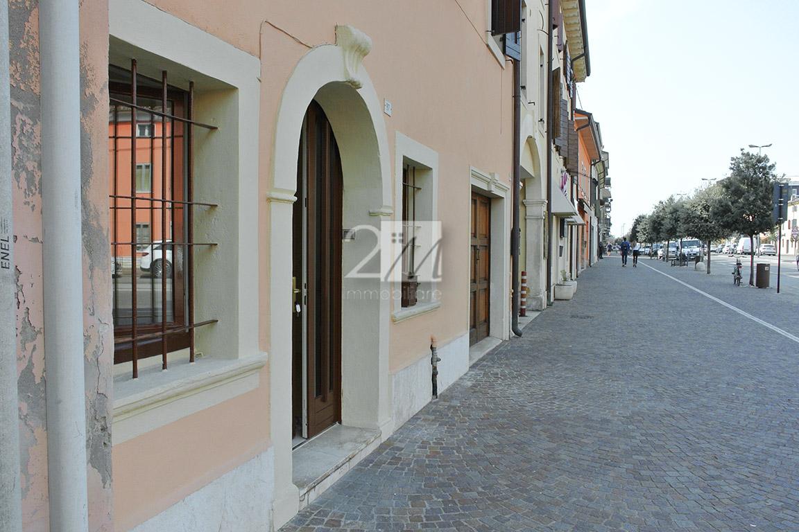 Negozio_ufficio_affitto_villafranca_2m_immobiliare