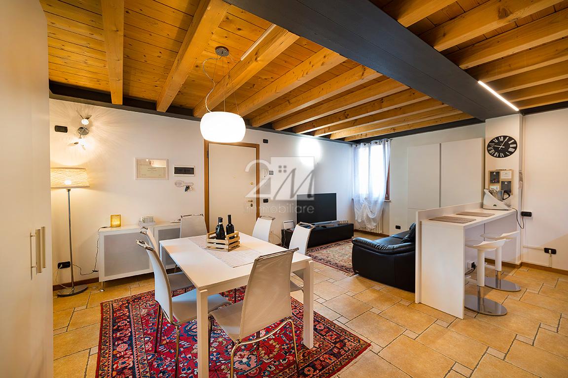 Trilocale_arredato_vendita_villafranca_2m_immobiliare