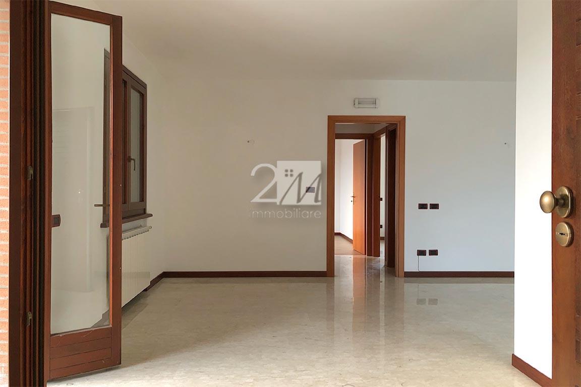 Ufficio_3_locali_affitto_villafranca_2m_immobiliare
