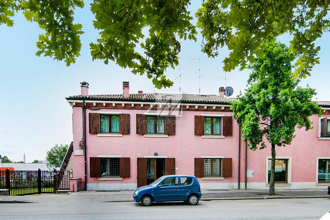 Ufficio_fronte_strada_vendita_zai_verona_2m_immobiliare